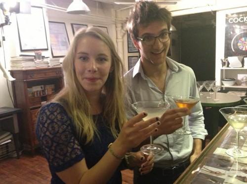 Antoine et Claire dégustent un daiquiri, un Tuxedo et un Prohibition Cocktail