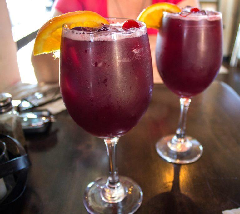 Deux verres de Sangria