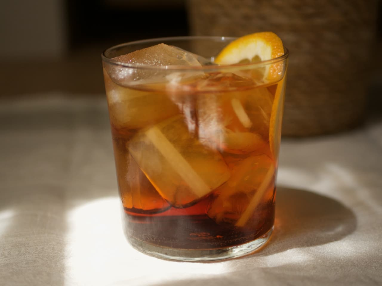 Cynar Spritz - Close up