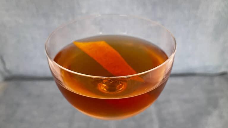 Un Diplomate Cocktail, à base de vermouth et marasquin