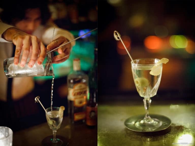 Service et présentation d'un cocktail Bamboo
