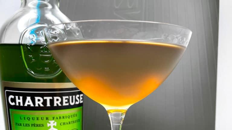 Le Bijou, cocktail classique au gin et à la Chartreuse